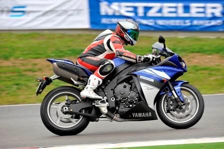 Τα Μ5 της Metzeler δούλεψαν καλά σε όλες τις μοτοσυκλέτες που δοκιμάσαμε