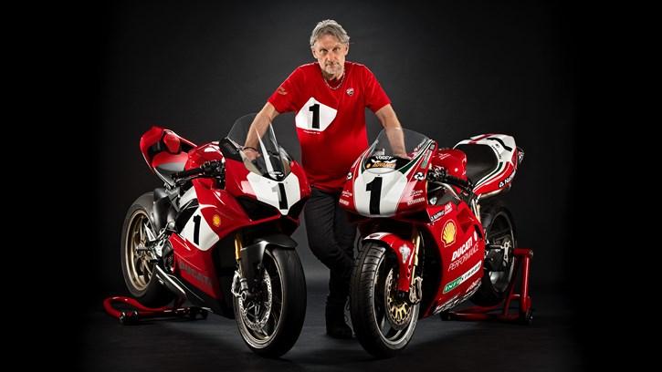 O Fogarty με τις Panigale V4 25° Anniversario 916 &  Ducati 996 SBK